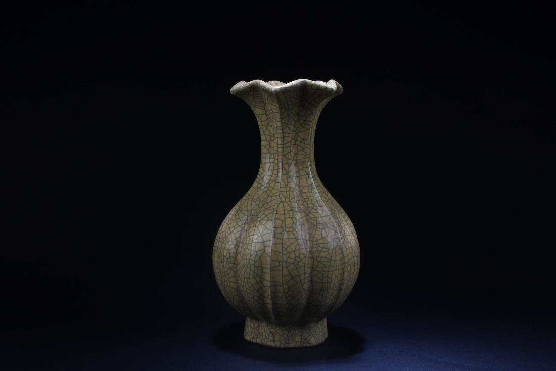 Chinese Crackleware Porcelain Vase - 2