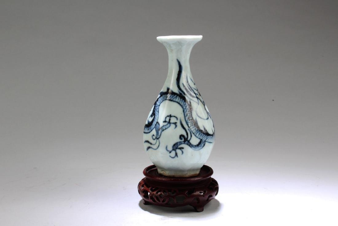 Chinese Porcelain Octagonal Shaped Vase