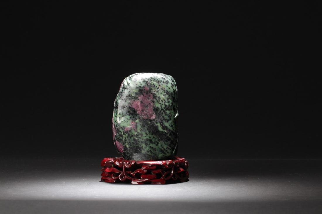 Chinese Ruby Carved Guanyin Statue - 4