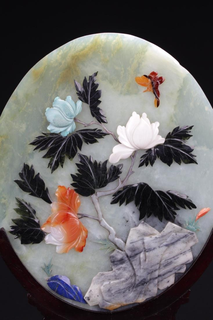 A Pair of Chinese Oval Shaped Jade Table Screen - 3