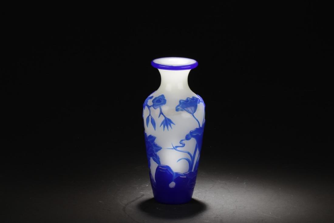 Chinese Peking Glass Vase - 2
