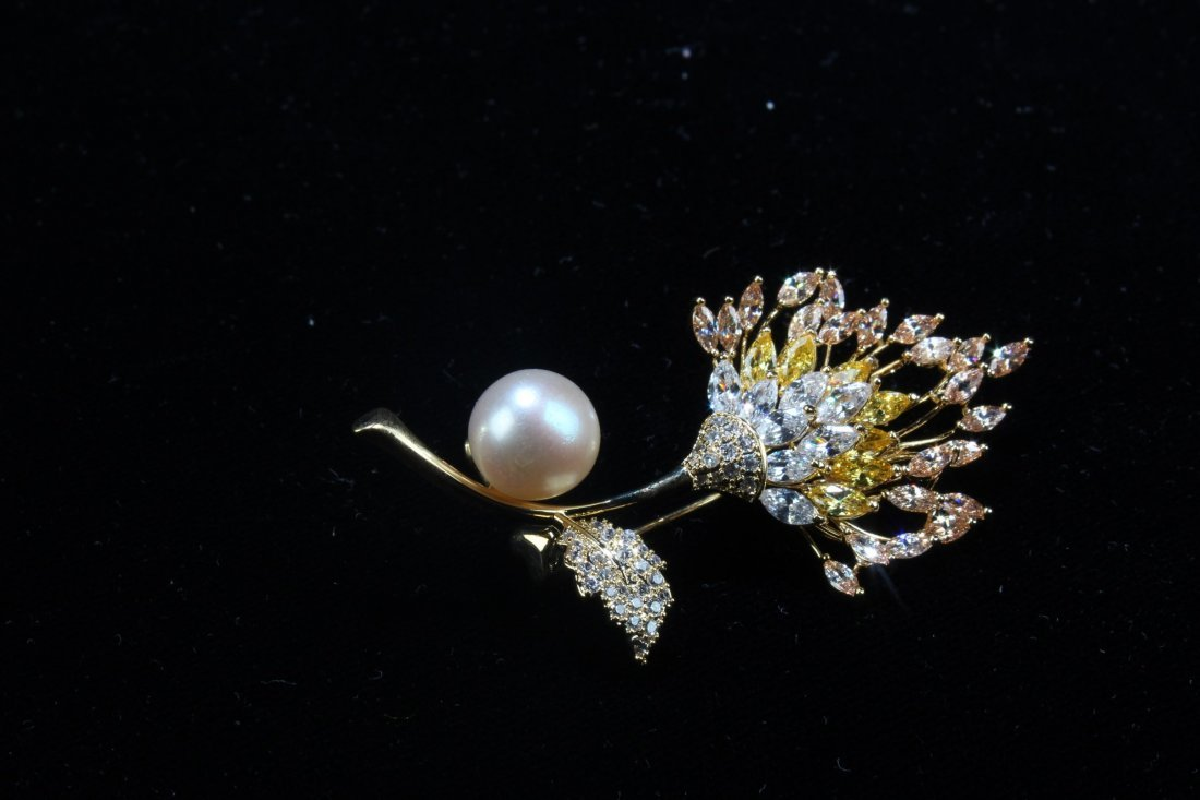 A Group of Three Natural Pearl with Manmade crystal - 5