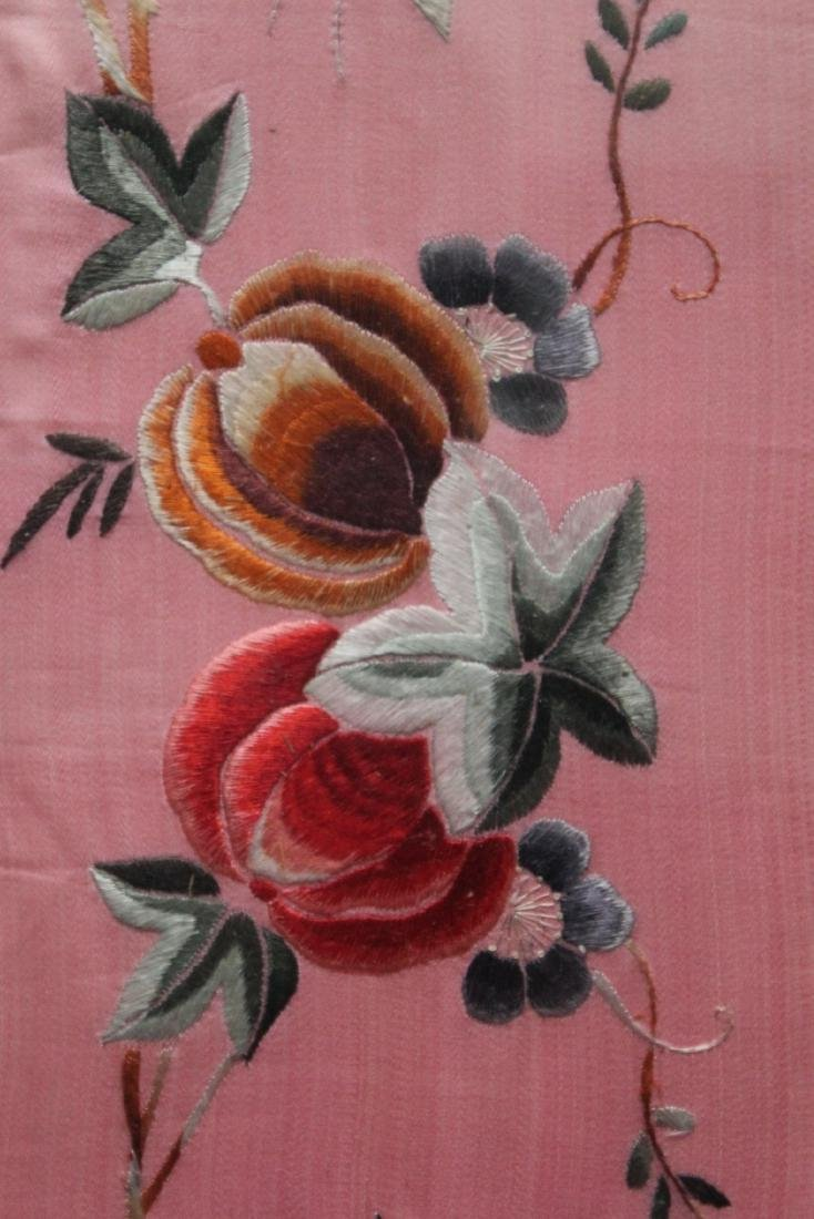 A Pair of Framed Embroidery Painting - 3