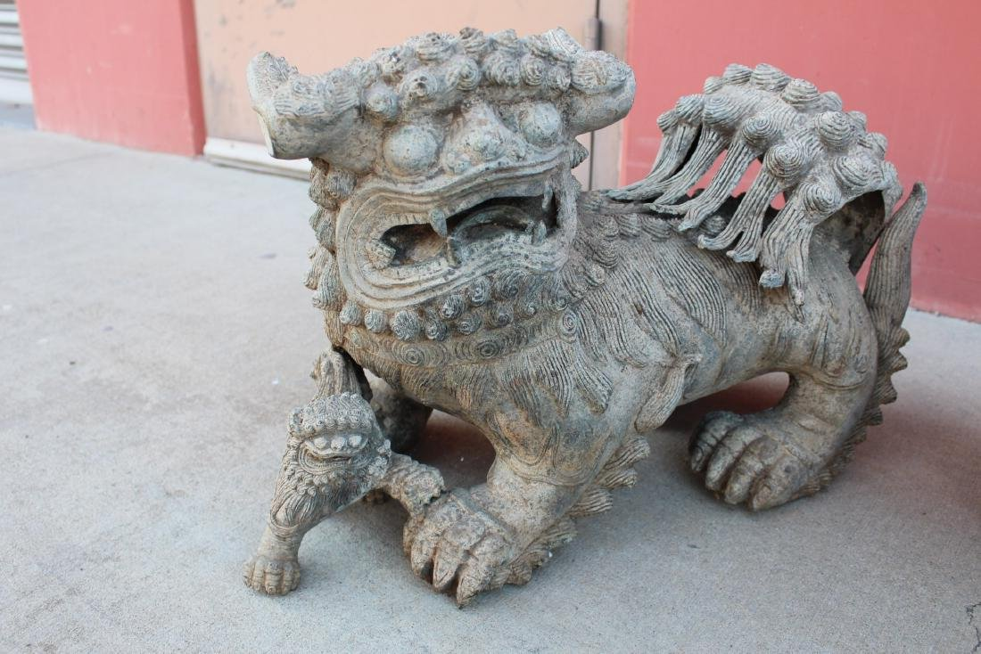 A Pair of chinese Bronze Foo Dog Display - 3