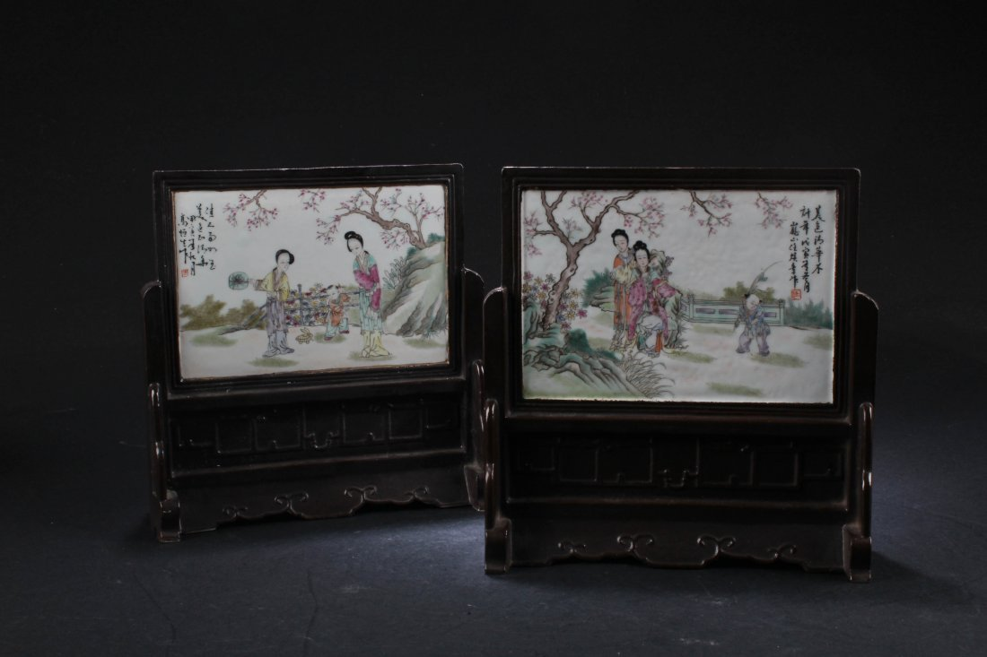 A Pair of Chinese Porcelain Table Screen - 2