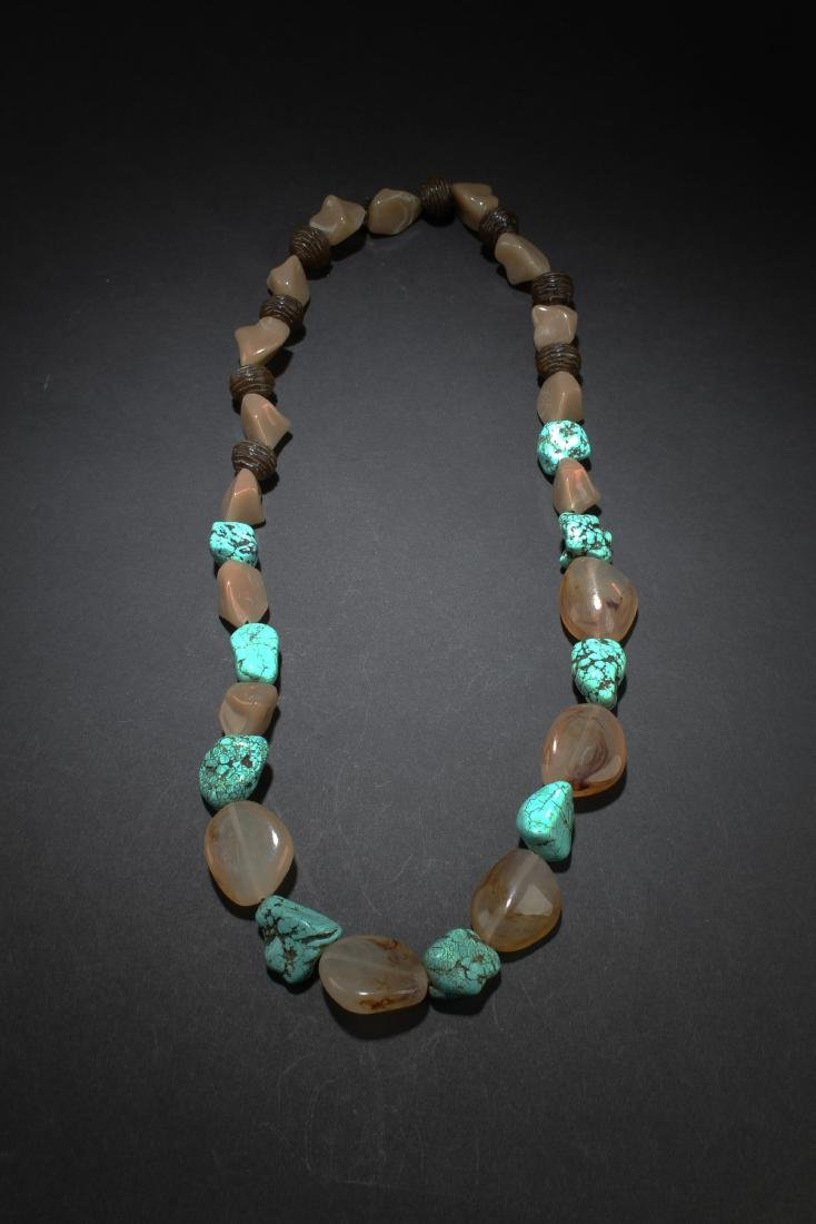A Chinese Turquoise & White Amber Necklace
