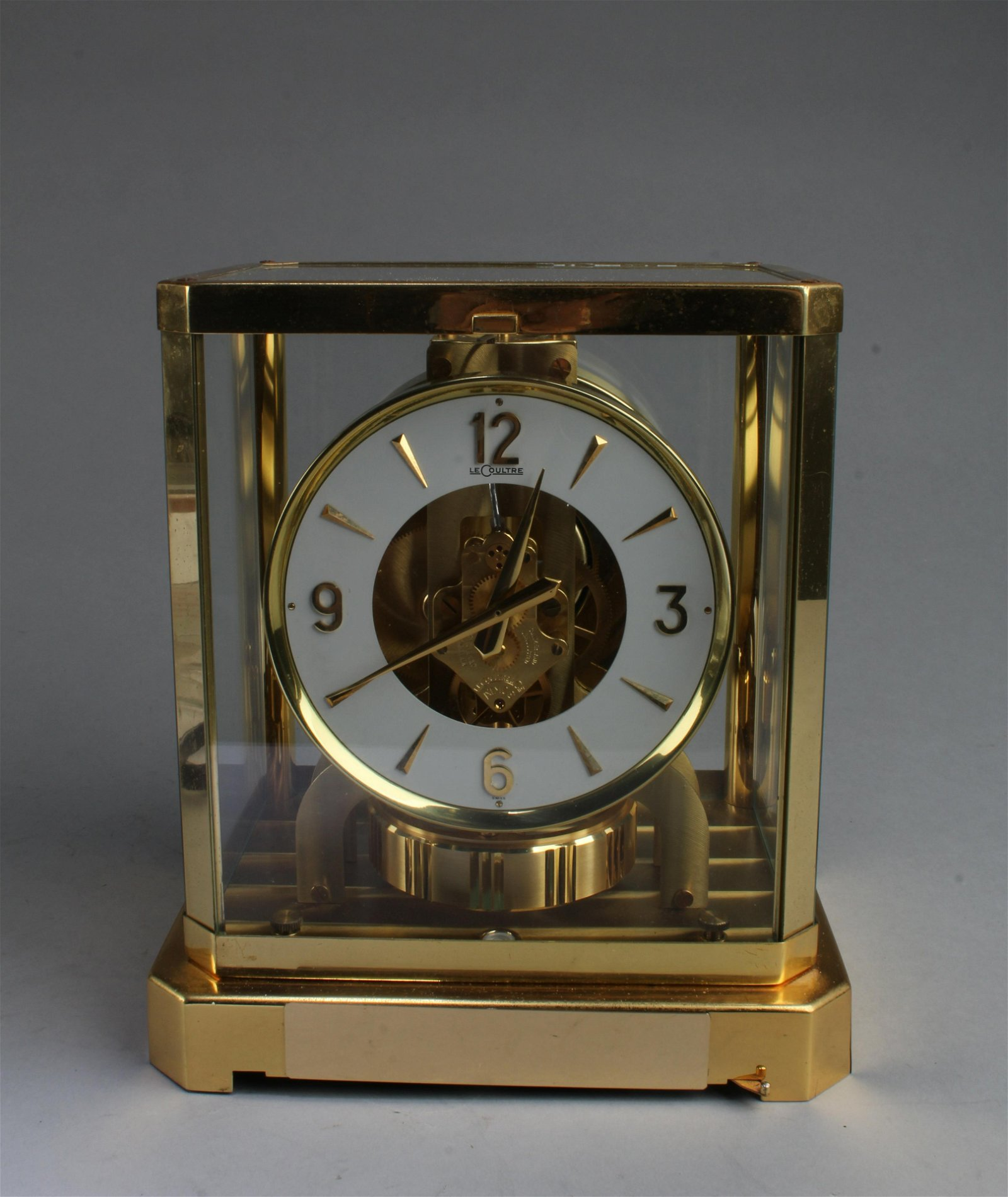 Lecoultre Atmos Perpetual Motion Clock Brass & Glass