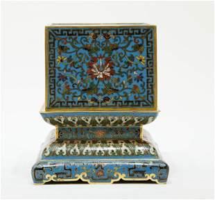 A cloisonne gilt bronz dragon pattern seal box
