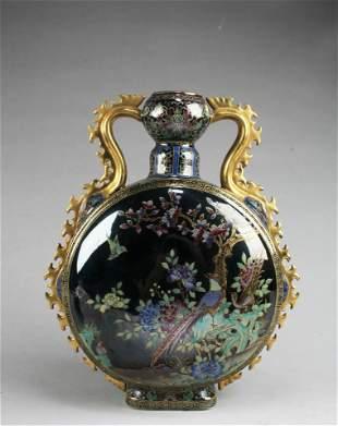 An Enamel MoonFlask Vase