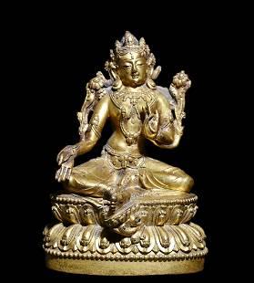 A Gilt Bronze Seated Guanyin Statue