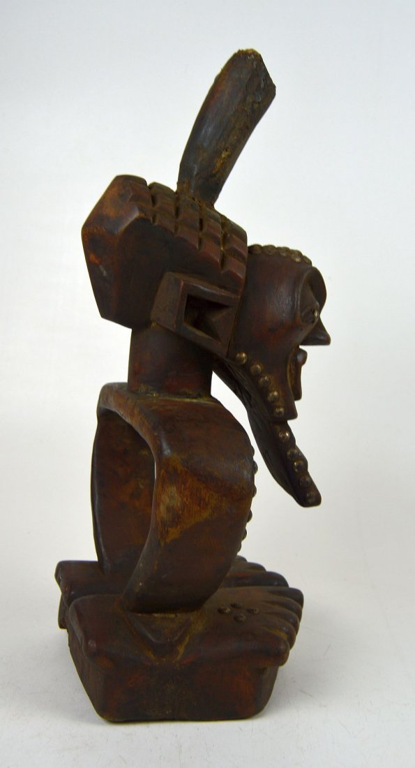 A Highly Stylized Songye African Divination sculpture - 3