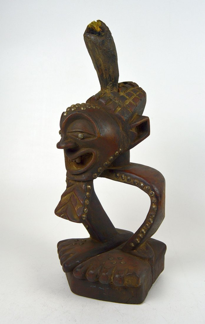 A Highly Stylized Songye African Divination sculpture - 5