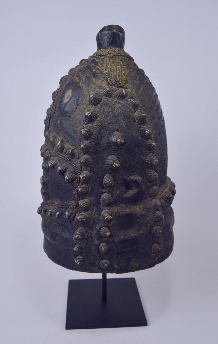 Mende Bundu African Mask with Ornate Shell & beads - 7