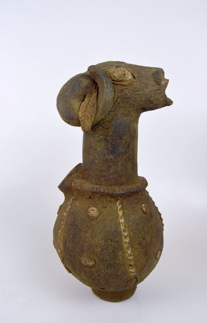 Rams head Figurative Mambila Terracotta vessel African - 2