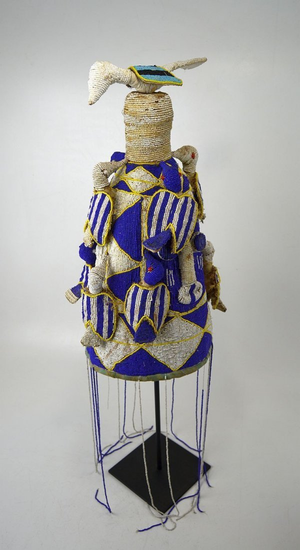 A Fine Yoruba Beaded Crown with Avian images, Blue,Whit - 2