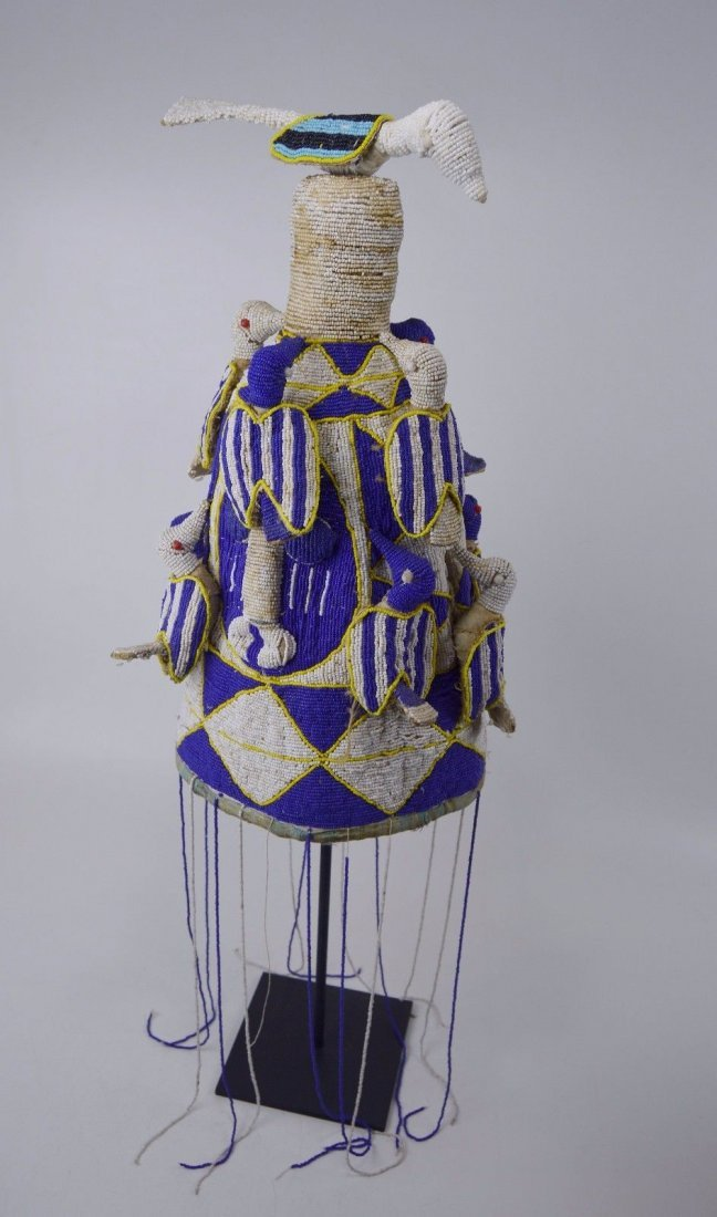 A Fine Yoruba Beaded Crown with Avian images, Blue,Whit - 4