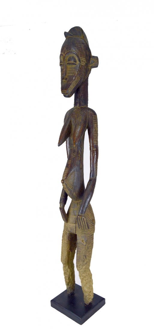 Monumental eroded old Senufo female sculpture, African