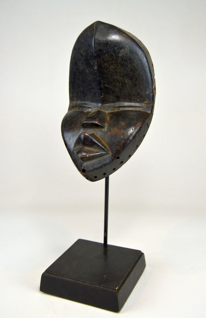 A Very Fine old Dan African mask, African Art