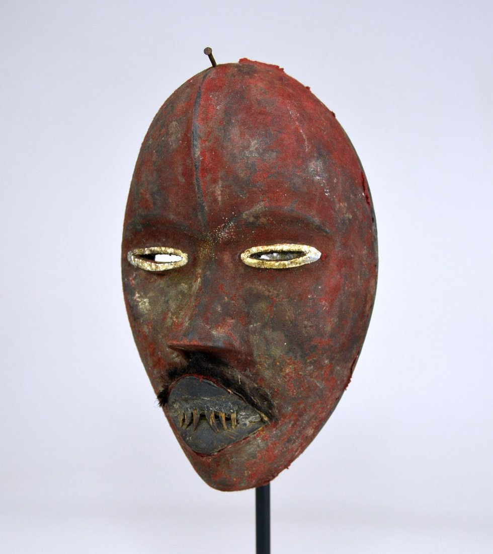 A Stunning Red Poro DAN African mask - 4