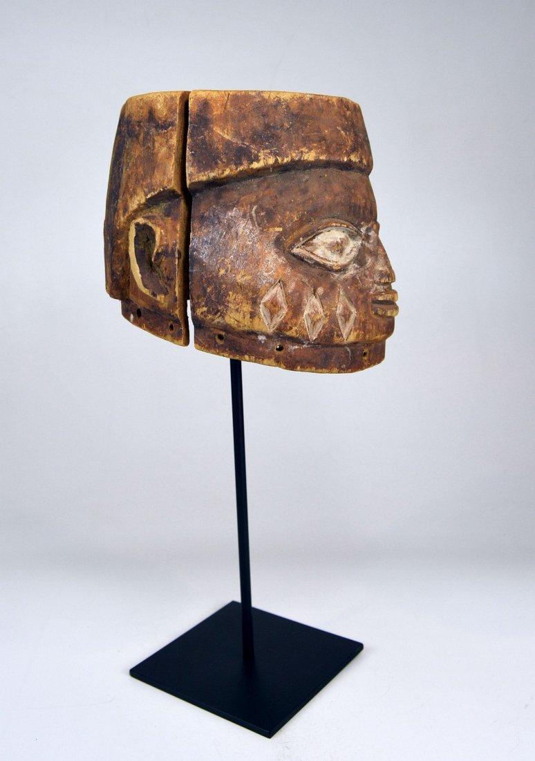 Well weathered old Yoruba Gelede Dance mask African Art - 4