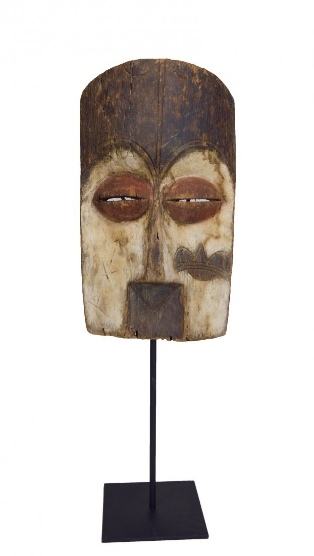 Archaic old Vuvi African Mask