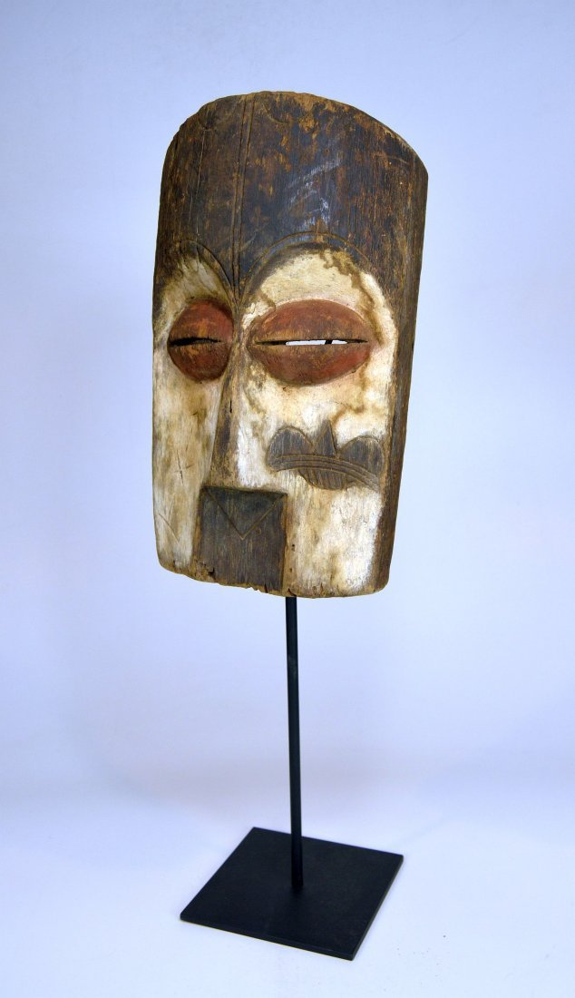 Archaic old Vuvi African Mask - 2