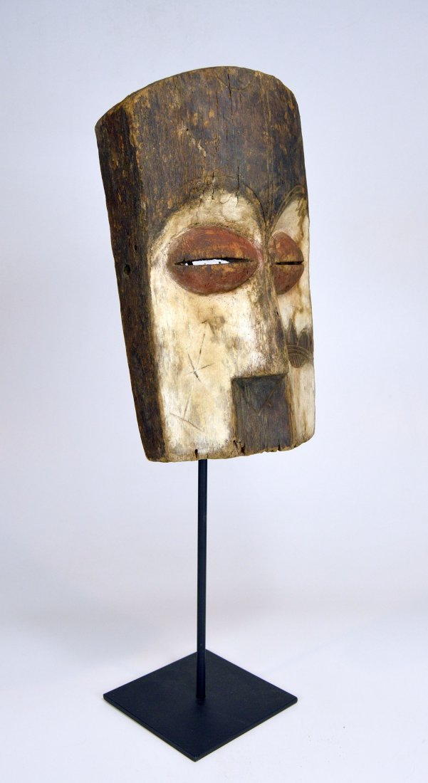 Archaic old Vuvi African Mask - 5