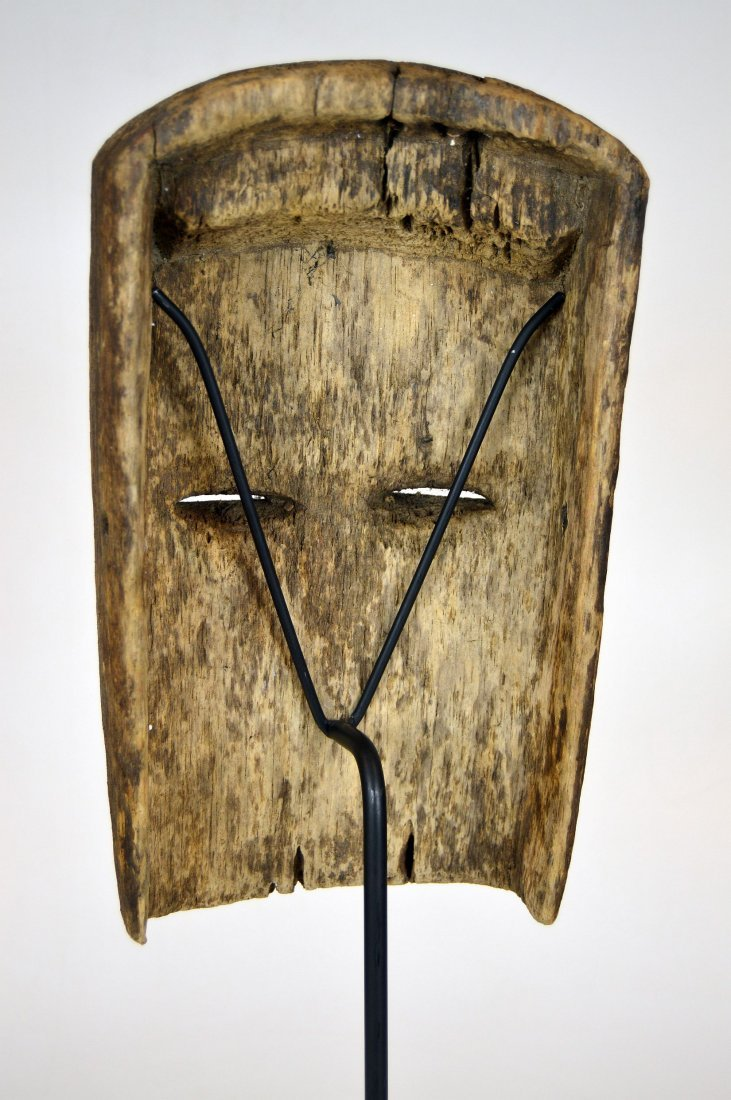 Archaic old Vuvi African Mask - 7