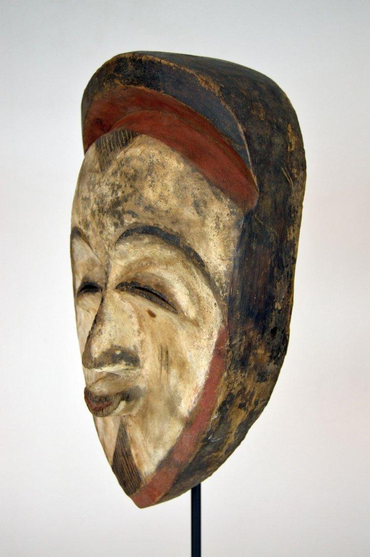 A very fine old Vuvi African mask - 6