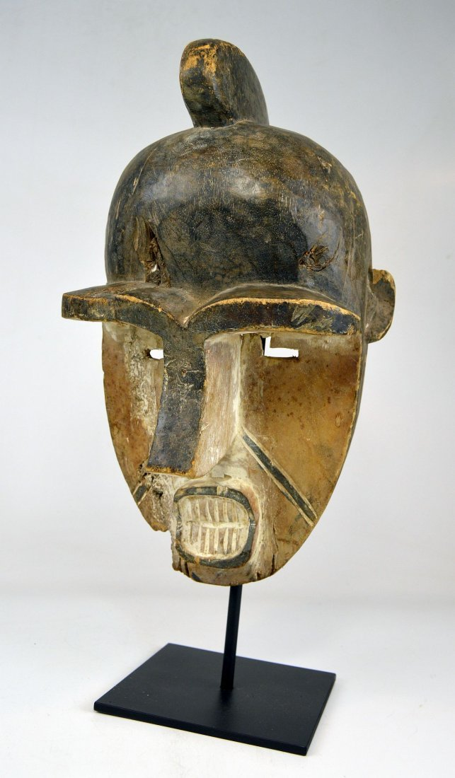 Art Brut: A Powerful Fang African Mask - 2