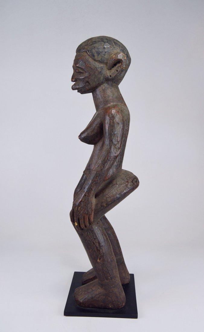 A Very Fine Old Makonde female ancestor sculpture - 3