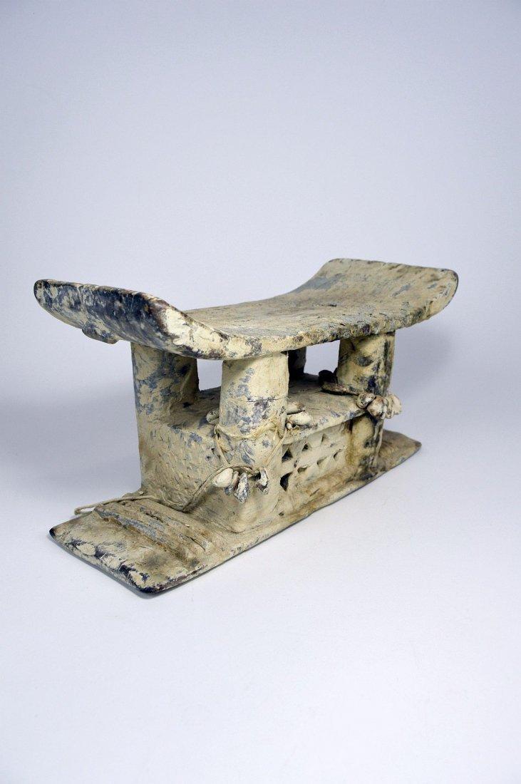 Authentic Old Ashanti Shrine stool for the Spirits - 2
