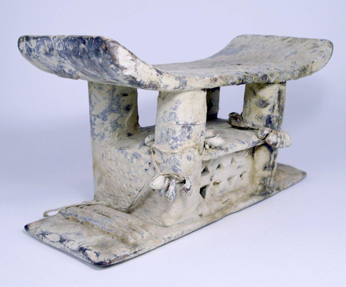 Authentic Old Ashanti Shrine stool for the Spirits - 3