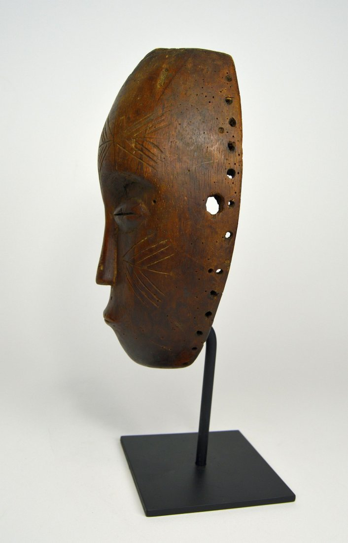 Serene Old Chokwe Mask, African Art - 5