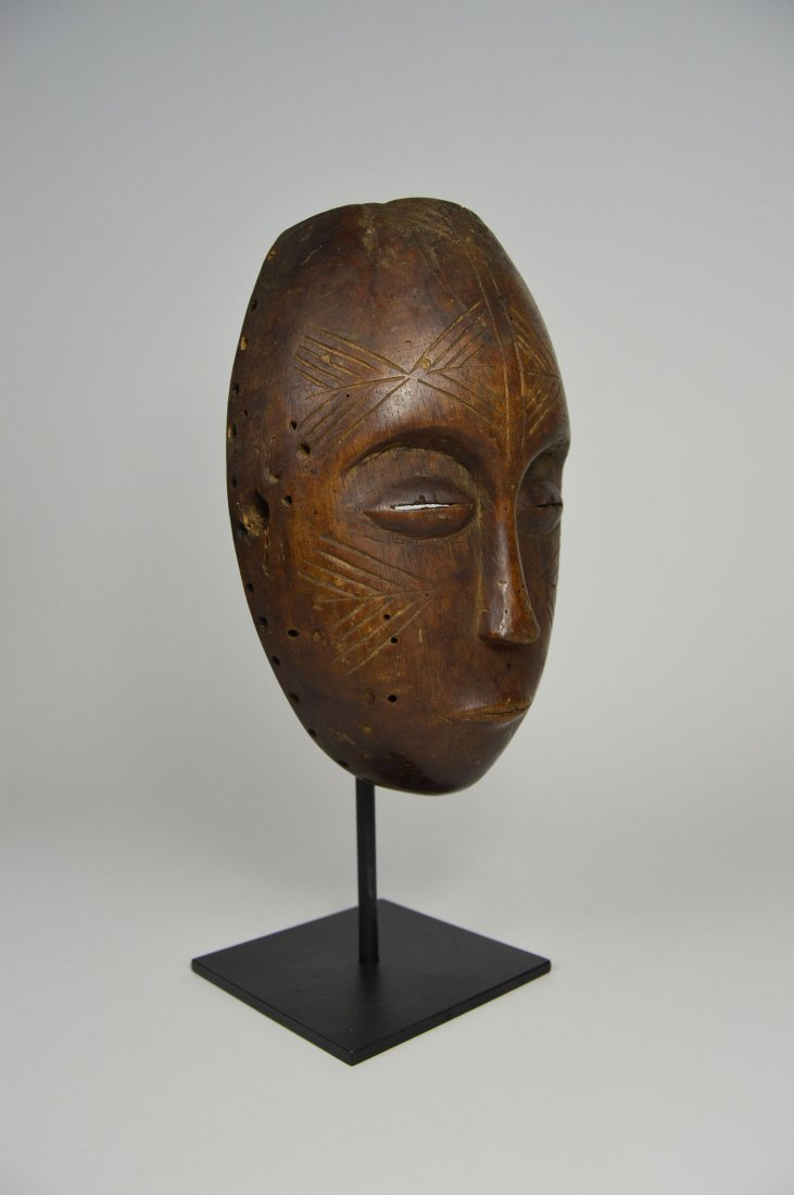 Serene Old Chokwe Mask, African Art - 8