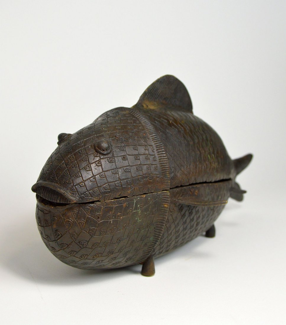 Rare Benin Bronze Fish Container, African Tribal Art - 2
