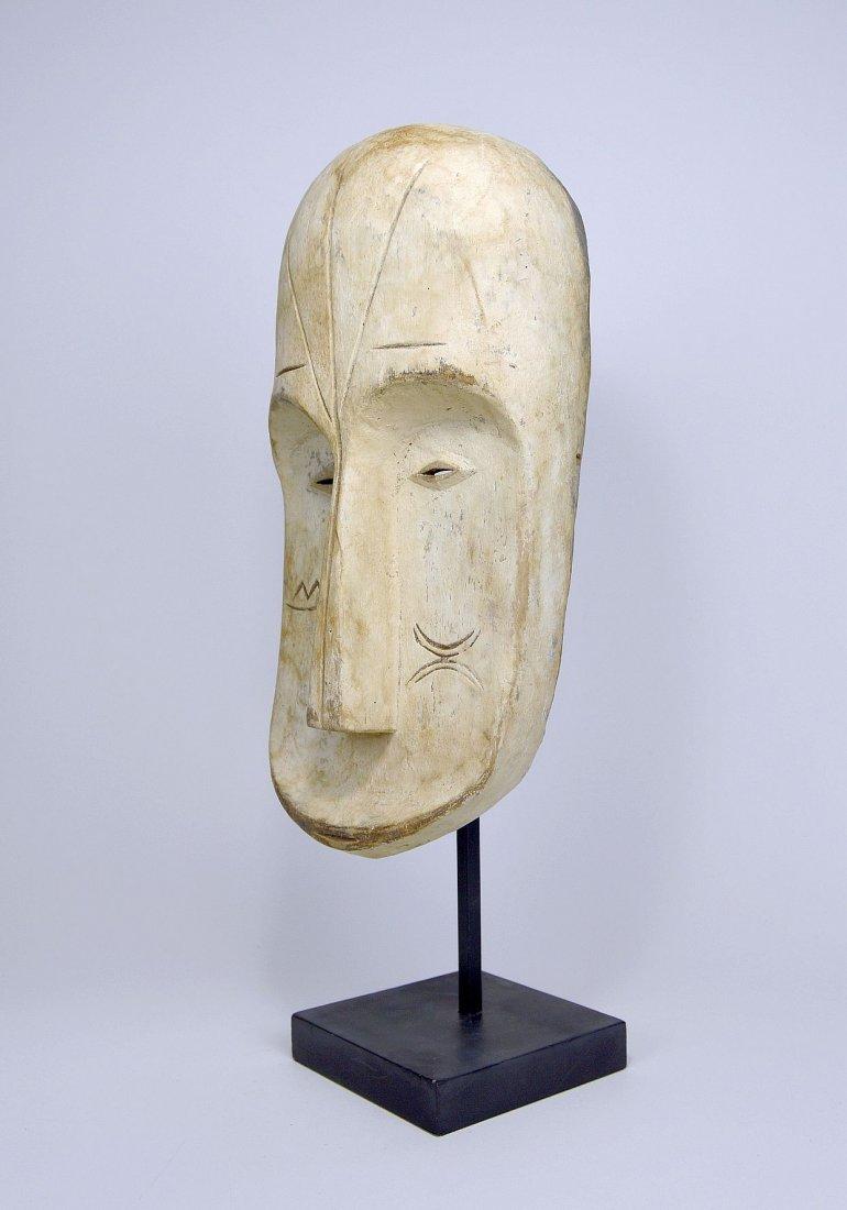 A Fang Ngil African mask - 4