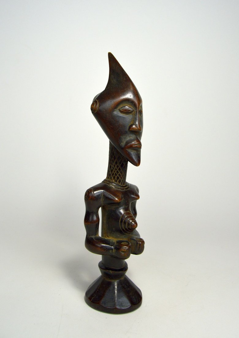A Finely carved Lulua sculpture, African Art - 2