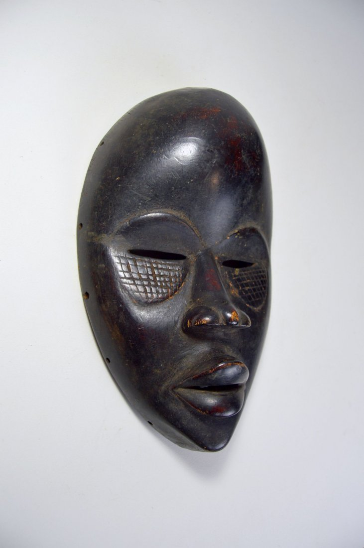 A Finely Carved Dan African mask, African Art - 4