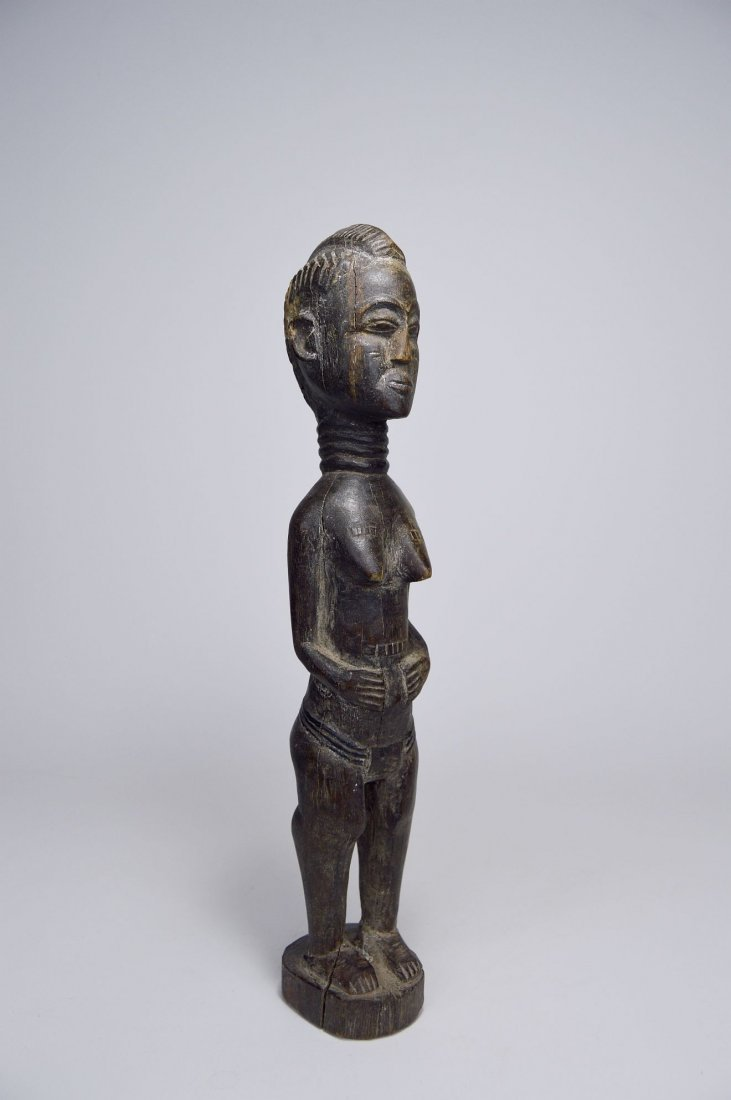 A Lovely Old Baule Female sculpture, African Art - 5