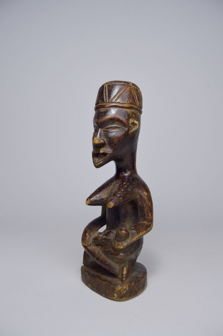 Kongo Maternity sculpture, African Art - 2