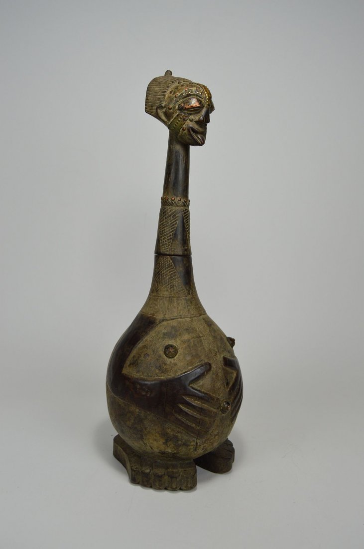 Highly Stylized Songye Palm Wine Figural wooden vessel - 4