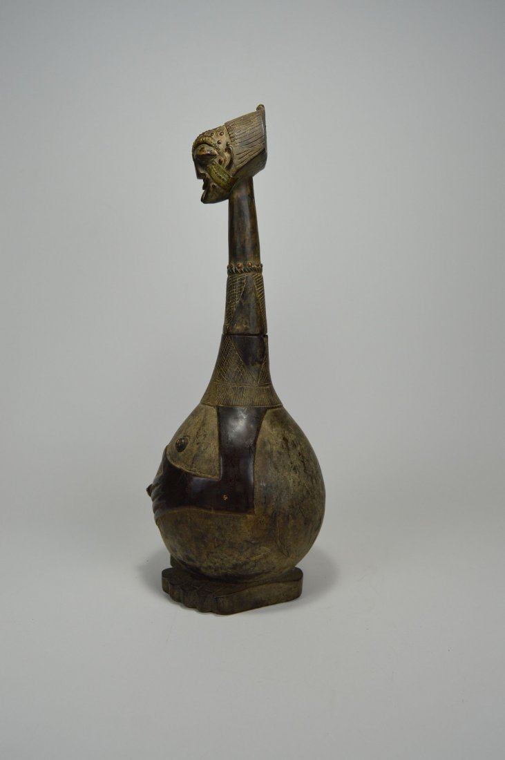 Highly Stylized Songye Palm Wine Figural wooden vessel - 6