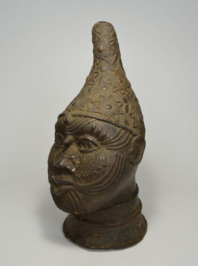 A Fine Benin Bronze Queen Mother Bust, African Art - 3