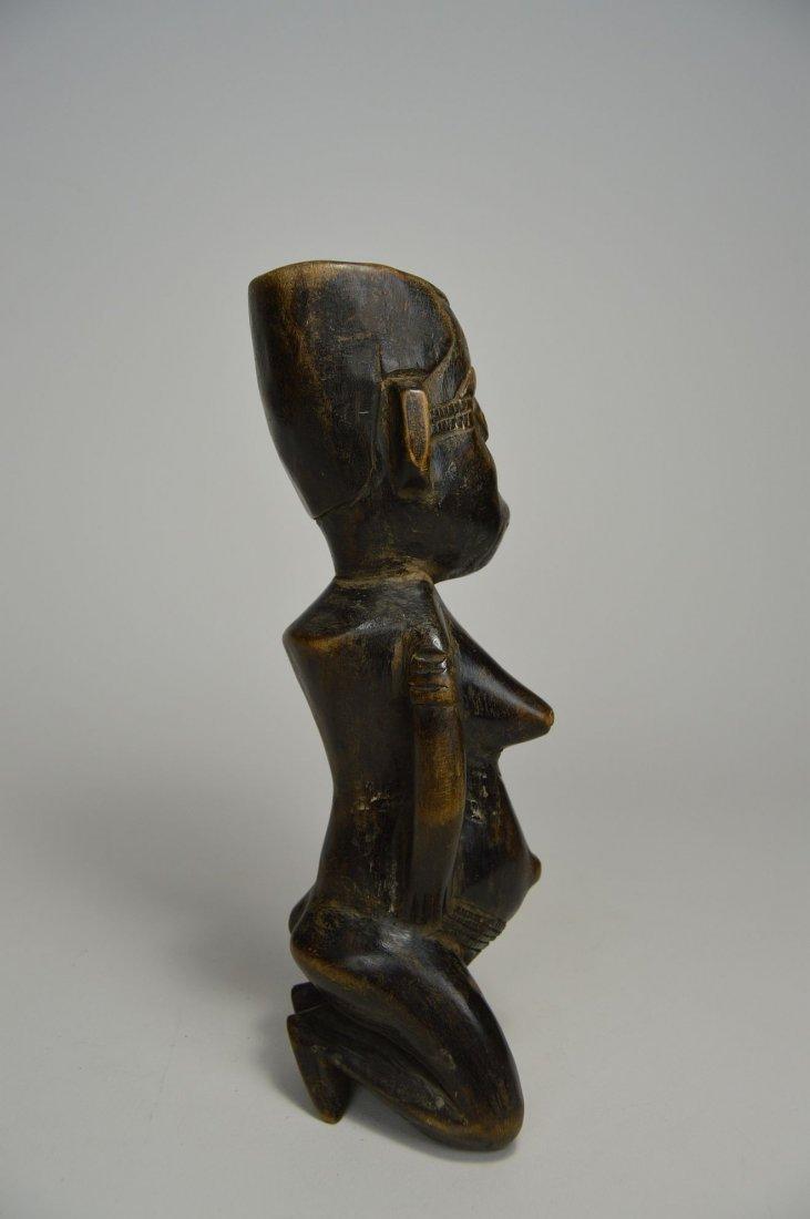 Kneeling Kuba Female sculpture, African Art - 4