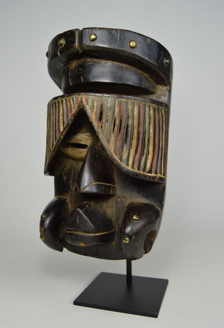 """Fantastic Guere African mask with carved """"Curtain"""" Eyes - 3"""