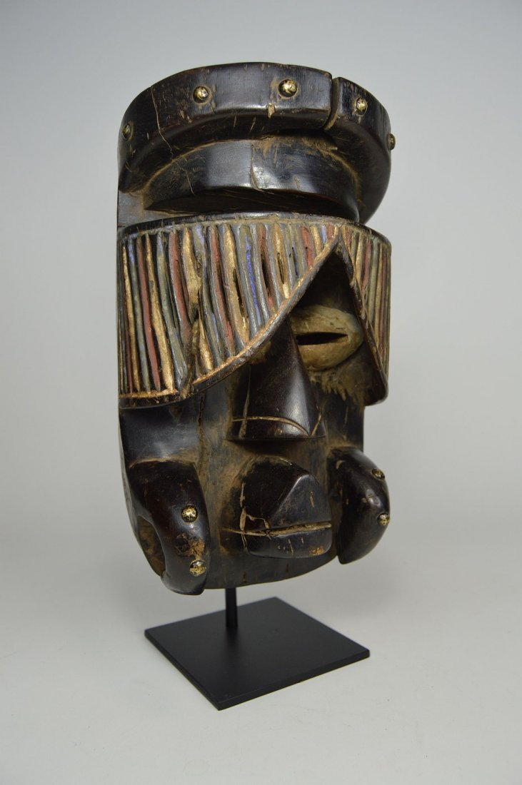 """Fantastic Guere African mask with carved """"Curtain"""" Eyes - 4"""