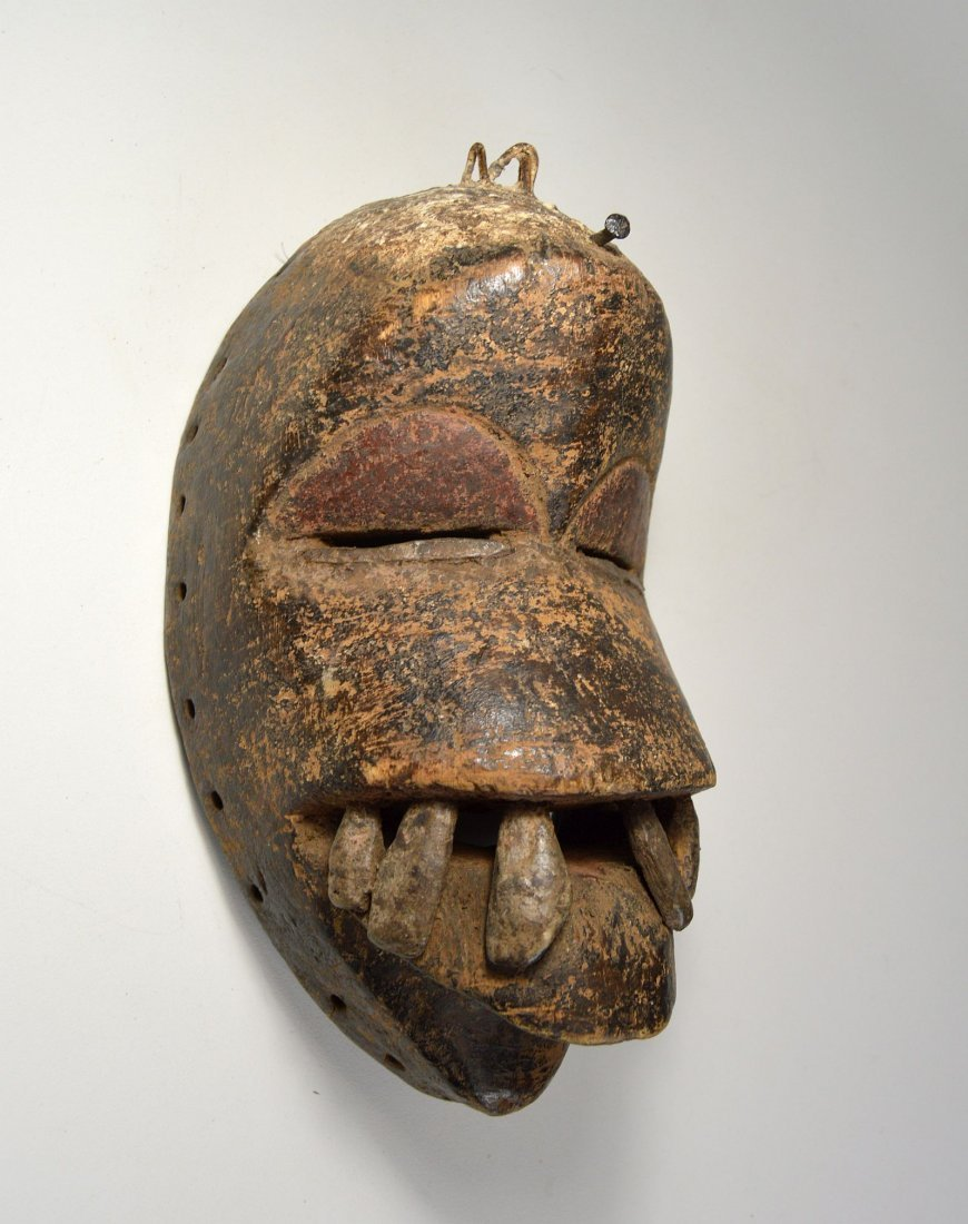 Fierce Dan mask with Large teeth, African Art - 3