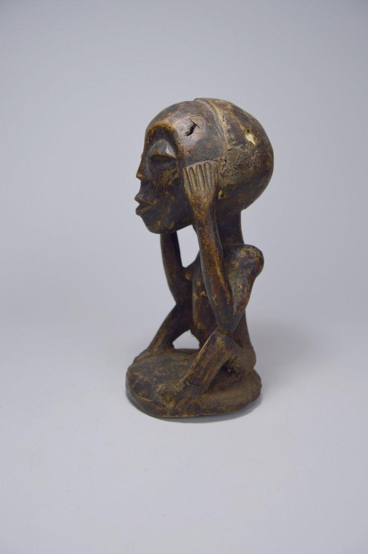 Charming Bena Lulua Ancestor sculpture - 3