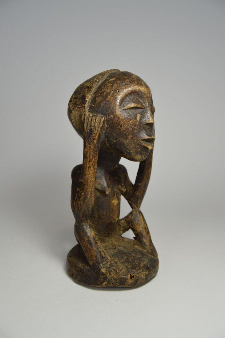 Charming Bena Lulua Ancestor sculpture - 5